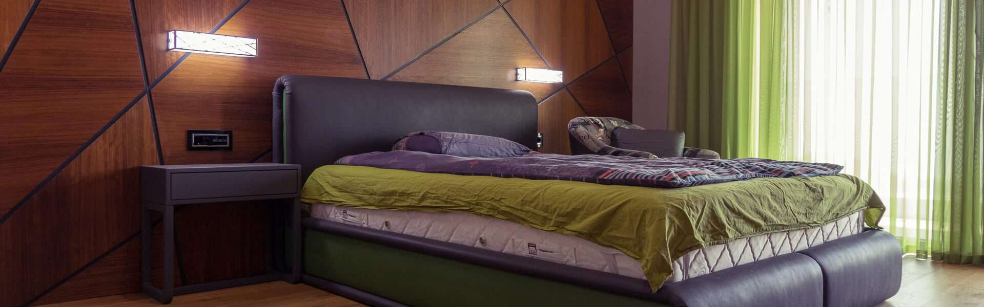 модерна спалня интериорна фотография